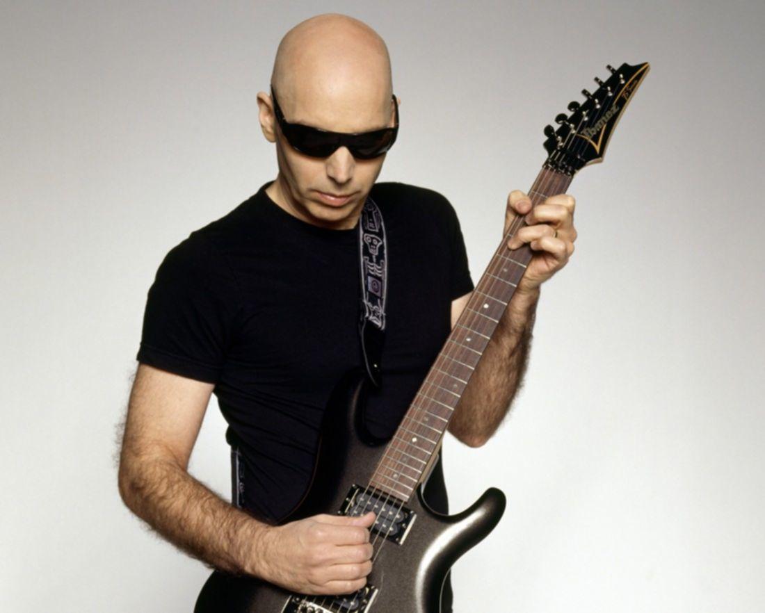 Je Satriani 100 beste gitarristen