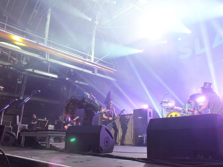 Nach zwei Stunden voller energiegeladenem Hardrock ließ sich die Band vom Publikum feiern.