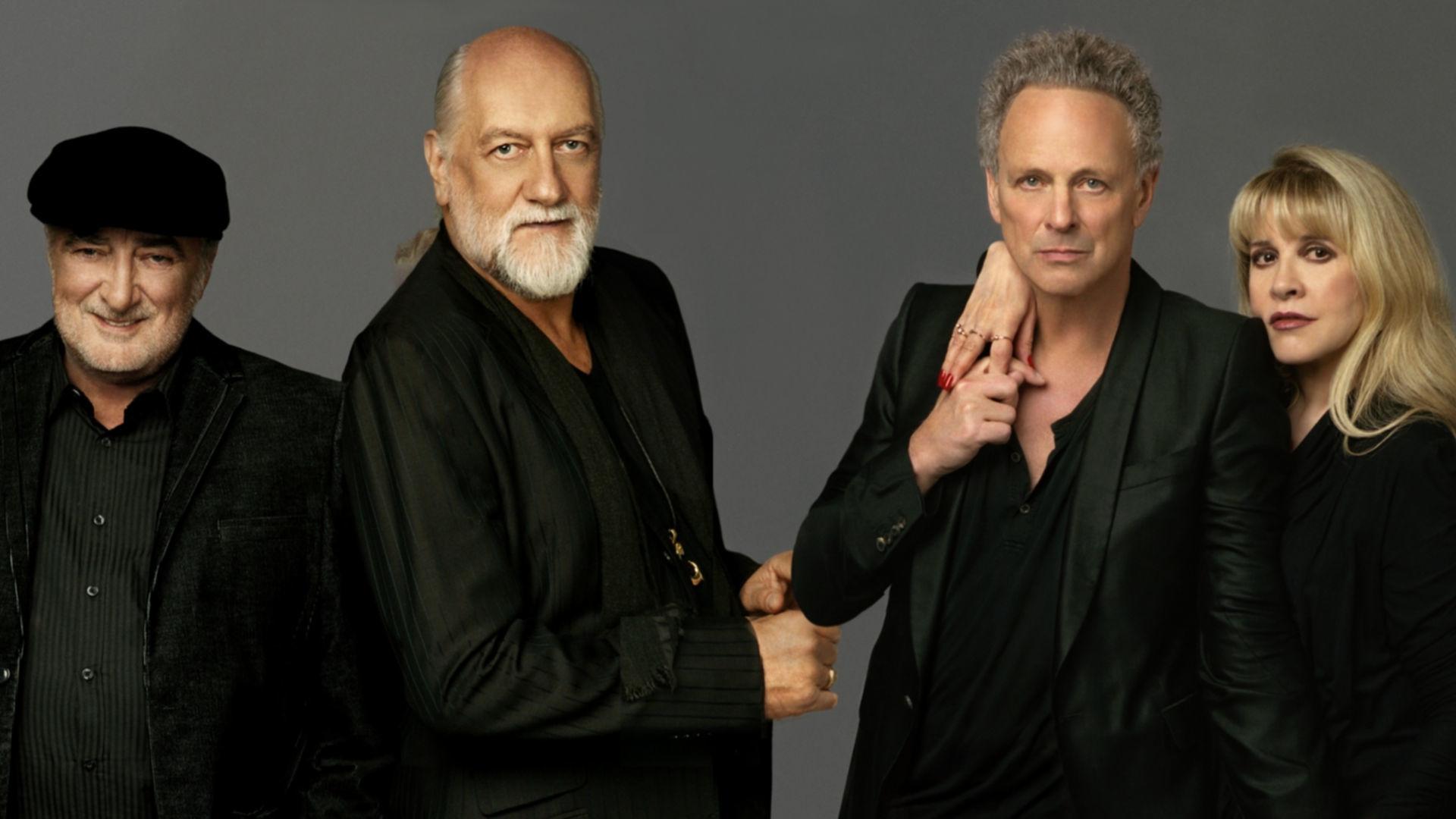 Fleetwood_Mac_New_Press_Picture_2013